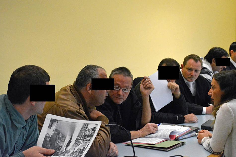 Am Freitag schwiegen die Angeklagten vorm Zwickauer Schöffengericht.