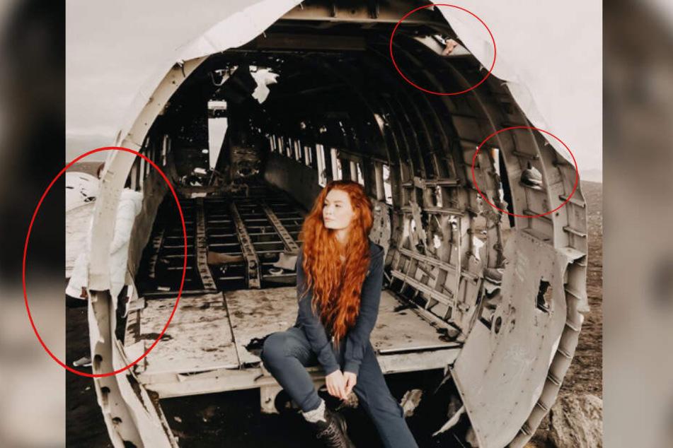 Jana Heinisch posiert in dem Flugzeugwrack auf Island: Doch es haben sich Fehler eingeschlichen.