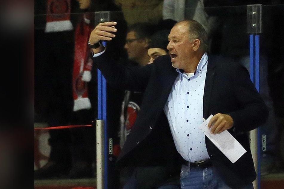 Coach Kim Collins war mit dem Auftritt seiner Eispiraten in Kaufbeuren überhaupt nicht zufrieden.