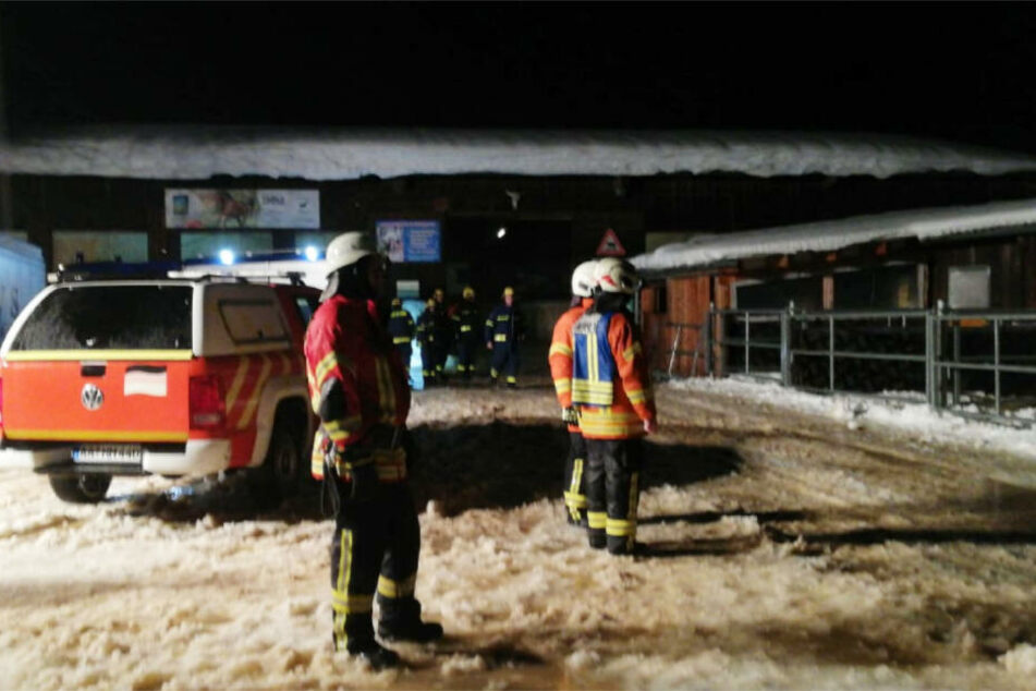 Die Feuerwehr eilte zu dem Aussiedlerhof.