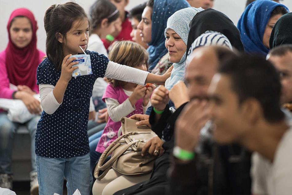 In den ersten sechs Monaten hat Hessen rund 5945 Flüchtlinge aufgenommen.