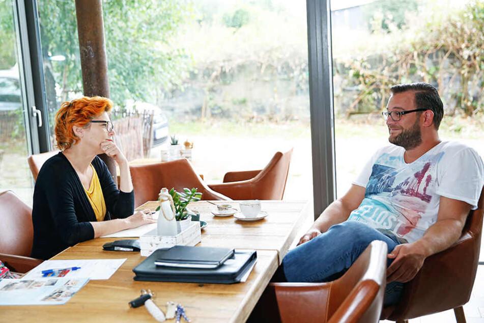 MOPO-Redakteurin Katrin Koch im Gespräch mit Promi-Koch Georg Bauch (31).