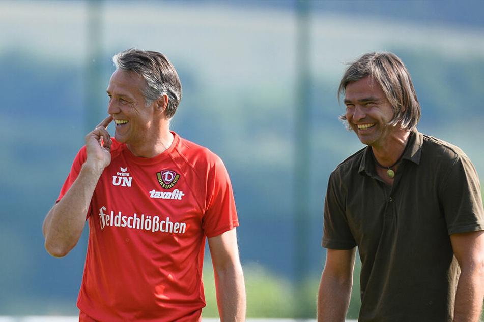Gut gelaunt: Matthias Lust im Trainingslager der SGD mit Uwe Neuhaus.
