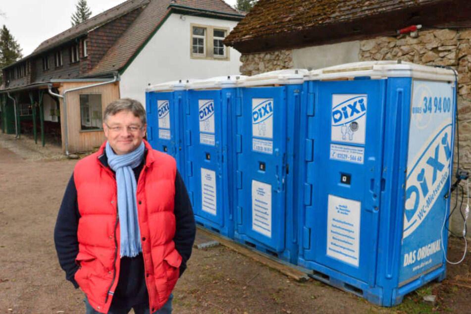 Hofewiesen-Wirt Holger Zastrow (50) will die Becherflut eindämmen.