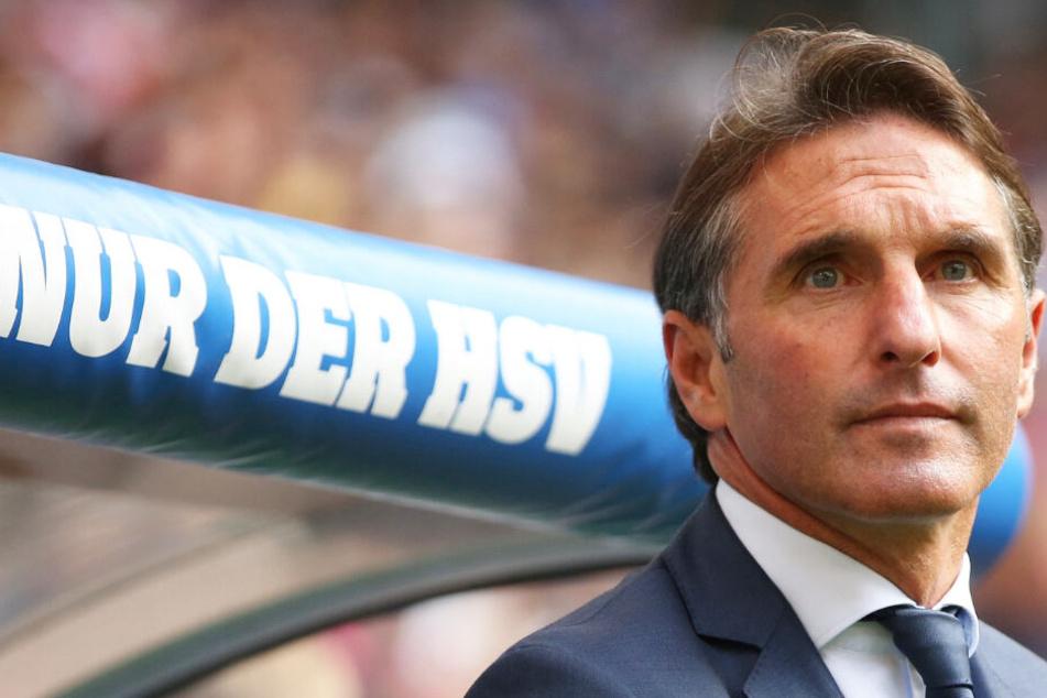Als Bruno Labbadia noch HSV-Trainer war, spielte der Verein in der 1. Liga.