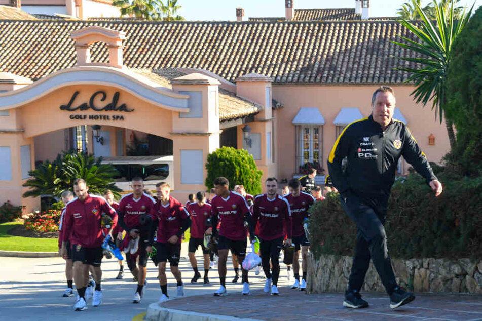 Gestern Nachmittag absolvierten die Dynamos unter Spaniens Sonne und strahlend blauem Himmel ihre erste Camp-Einheit.