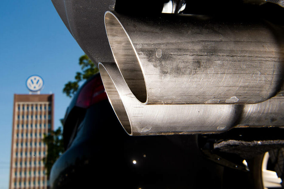 Wegen Abgas-Skandal: Volkswagen muss Schadensersatz an VW-Fahrer zahlen