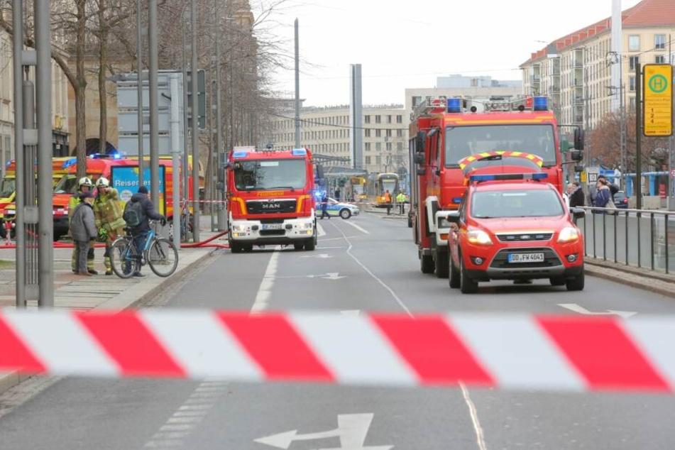 Die Wilsdruffer Straße ist stadtauswärts gerade dicht.