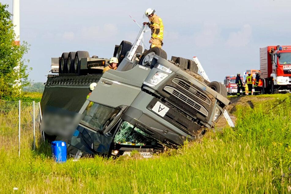 Auf der A10 kam es zu einem schweren Lkw-Unfall.
