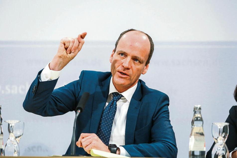 """Finanzminister Matthias Haß (52, CDU): """"Der Staat muss sich anstrengen, wenn er auf Augenhöhe mit den Steuerbetrügern bleiben will."""""""