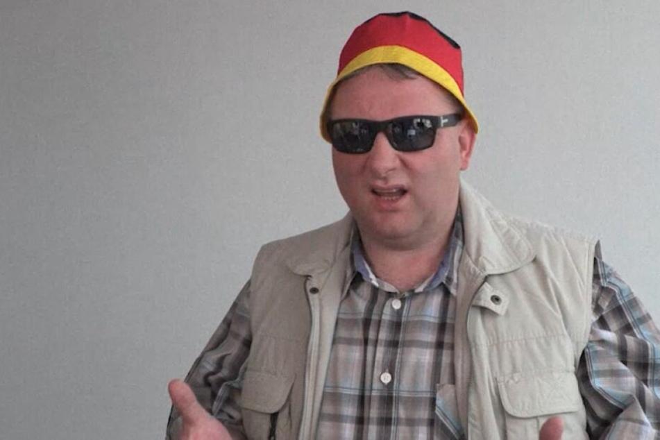 CDU-Fraktionschef Hartmann als Hutbürger in seinem Wahlspot.