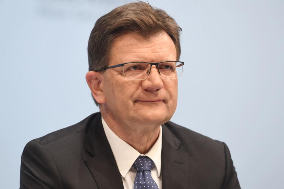 Klaus Fröhlich (59), Entwicklungsvorstand der BMW AG könnte der neue BMW-Chef werden.