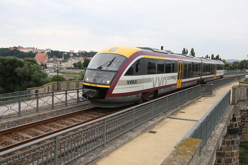 Über Nacht plötzlich eingestellt, jetzt soll die Städtebahn Sachsen wieder rollen.