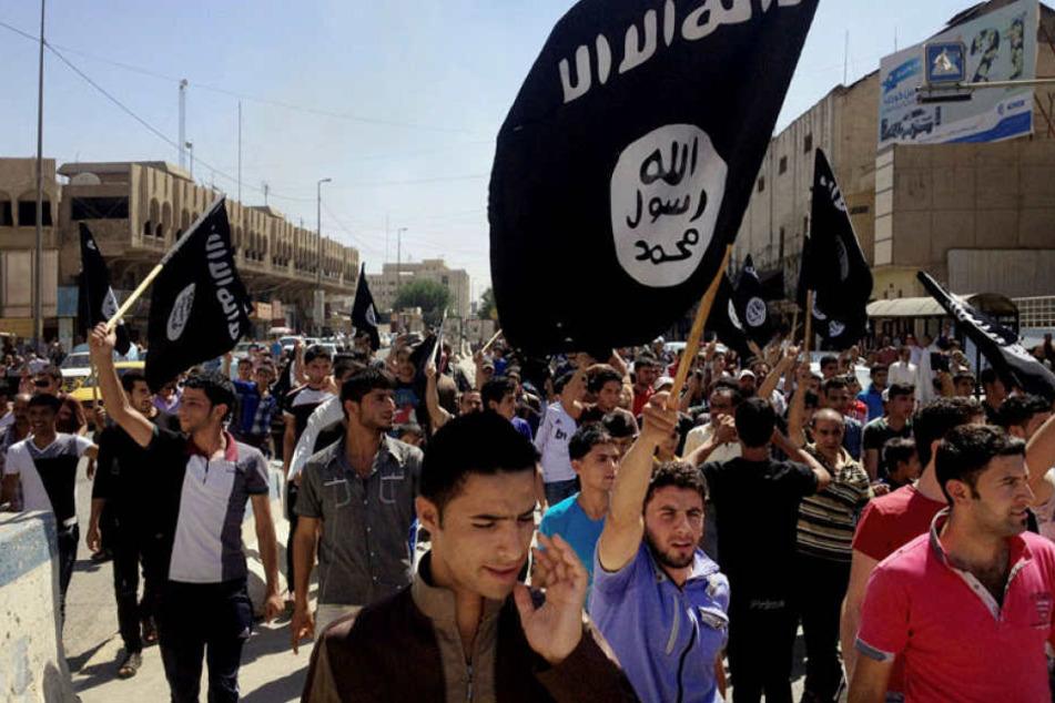 Anhänger des Islamischen Staats in Mossul.