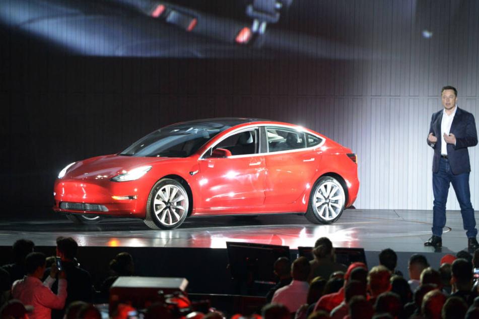 Innovativ: Das neue Tesla-Fahrzeug Model 3.
