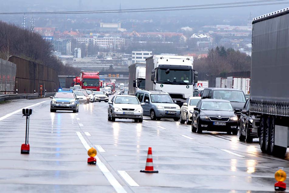 Stau bildete sich in Fahrtrichtung Chemnitz.