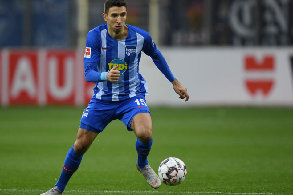 Hertha BSC kann auch in der kommenden Saison mit dem serbischen Mittelfeldspieler Marko Grujic planen.