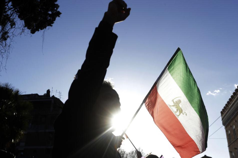 Am Samstag sollen die Proteste im Iran das beherrschende Thema auf dem Leipziger Wilhelm-Leuschner-Platz sein. (Symbolbild)