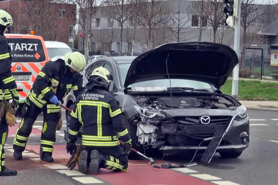 Auch an de Mazda entstand erheblicher Schaden.
