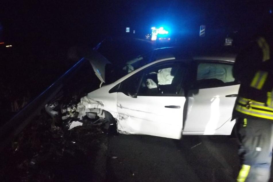 Die 31-jährige Fahrerin verletzte sich bei dem Unfall schwer.