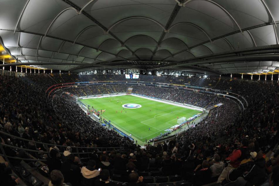 Die Commerzbank Arena in Frankfurt wurde gerade noch zum letzten der zehn Austragungsorte für die EM im Jahr 2024 ausgewählt.