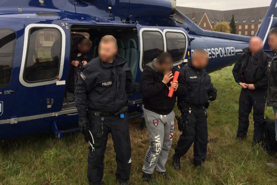 Ein Beschuldigter wurde unmittelbar nach seiner Verhaftung in Wiesbaden durch den Flugdienst der Bundespolizei nach Köln überstellt.