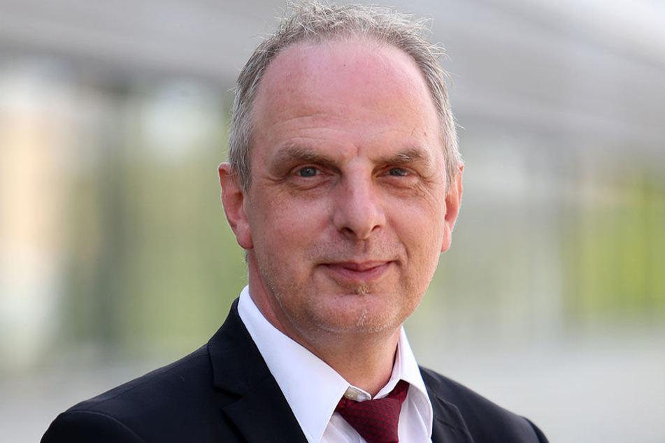 Für MdB Detlef Müller (52, SPD) hat der ICE-Anschluss eine psychologische Wirkung auf die Bahn-Nutzer. Chemnitz soll im Fernverkehr präsent sein.