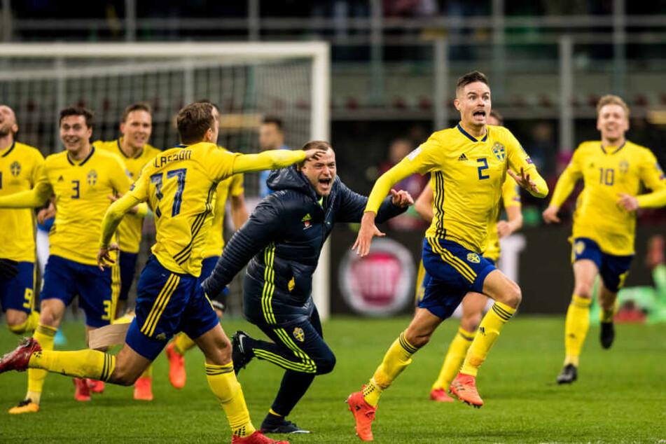 Auf Seiten der Schweden kannte der Jubel im San Siro keine Grenzen mehr.