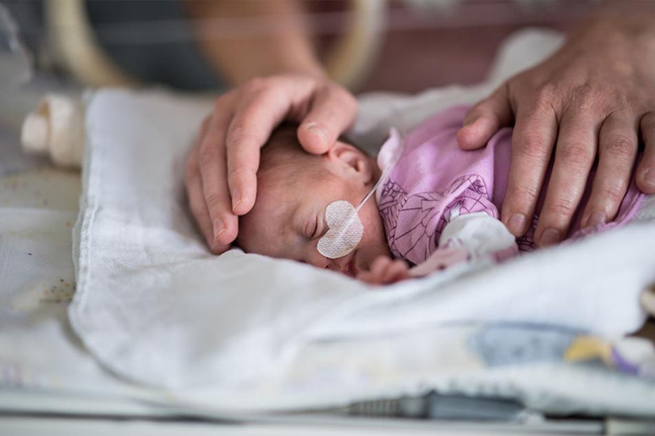 Bei der Geburt wog Töchterchen Marie nur 830 Gramm.