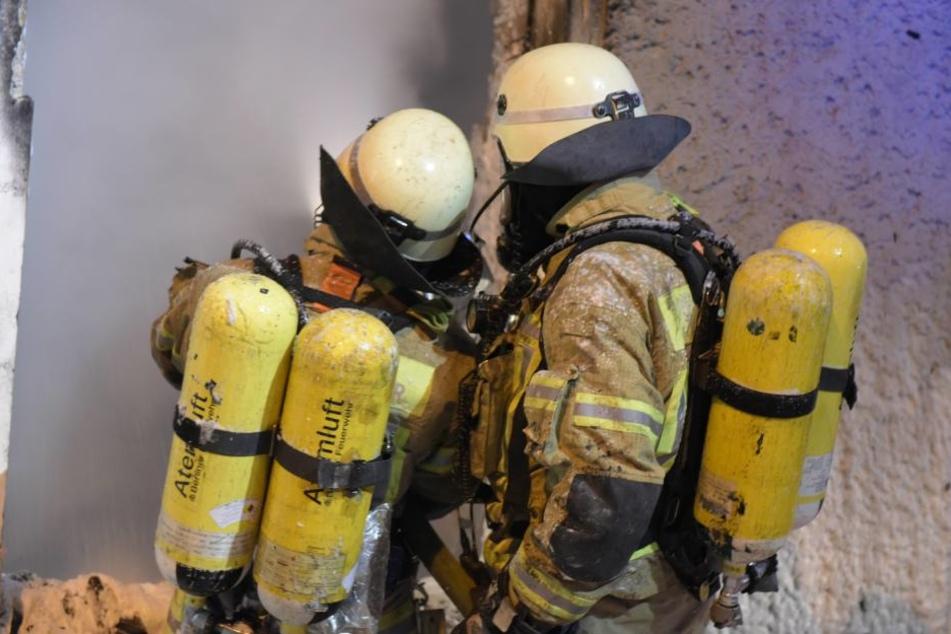 Trotz schnellen Eingreifens der Feuerwehr ist das Haus vorerst nicht bewohnbar.