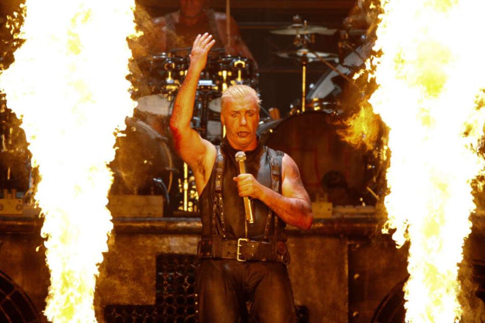 Die Band Rammstein erregte mit ihrem neuen Video viel Aufsehen. Hier im Bild: Frontmann Till Lindemann.