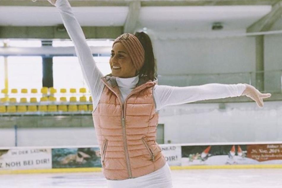 Sarah Lombardi auf dem Eis.