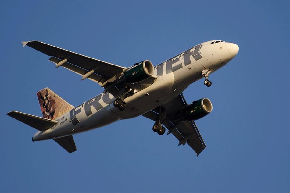 Michael H. erleichterte sich in einem Frontier Airlines-Jet (Symbolbild).