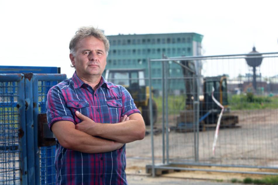 Lutz Reinhold, Sprecher der Bürgerinitiative will den Knastbau verhindern.