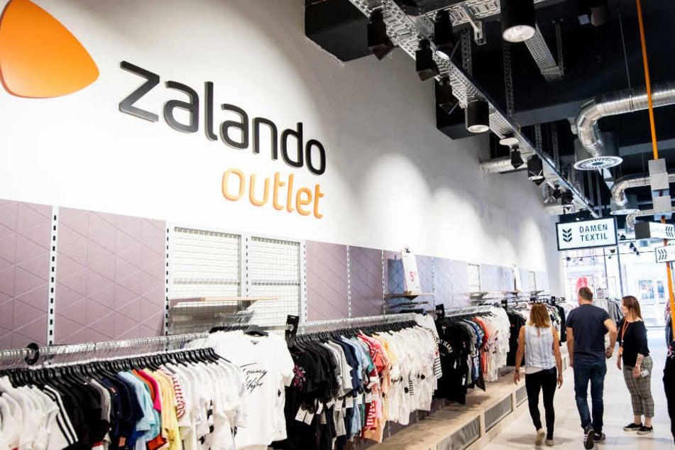 7774c07d6711 Der Zalando-Outlet-Store öffnet am Donnerstag erstmals seine Türen für  Kunden.