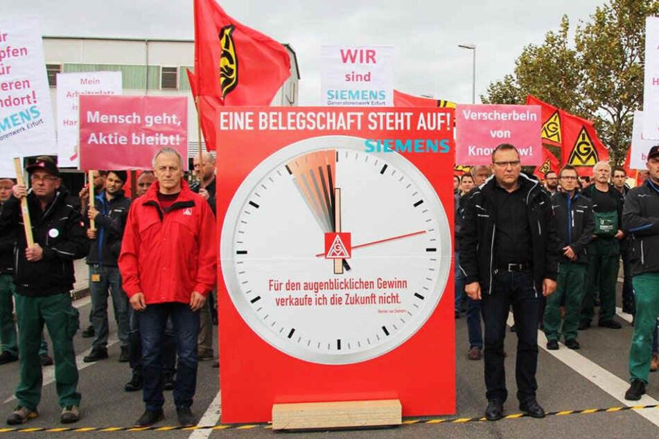 Auch in Leipzig und Chemnitz legten die Siemens-Mitarbeiter am Mittwoch die Arbeit nieder.