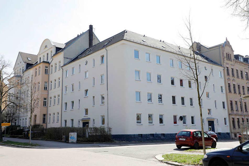 In diesem Haus an der Emilienstraße geschah die brutale Messer-Attacke.