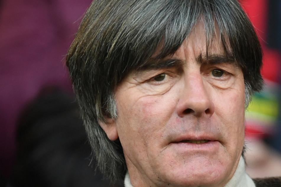 War mit dem Rasen zur Vorbereitung fürs Spanien-Spiel nicht zufrieden: Jogi Löw (60).