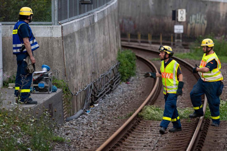 In München ging nichts mehr. Der Tunnel musste zunächst leergepumpt werden.