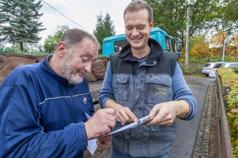 Dietmar Pohl (60) bestellt ein bis zwei Mal im Jahr Kohle bei Markus  Walther.
