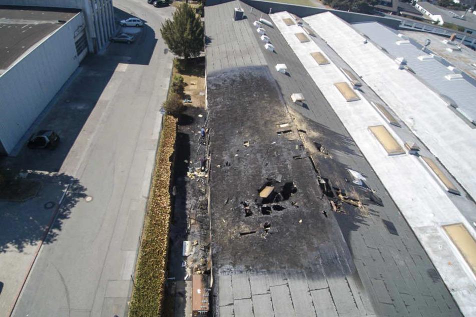 Man geht davon aus, dass das Dach sich durch die Hitze selbst entzündete.