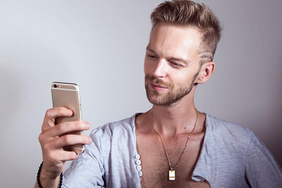 Wer auf seinen Dating-Profilen zu selbstverliebt rüber kommt, hat schlechte Karten.