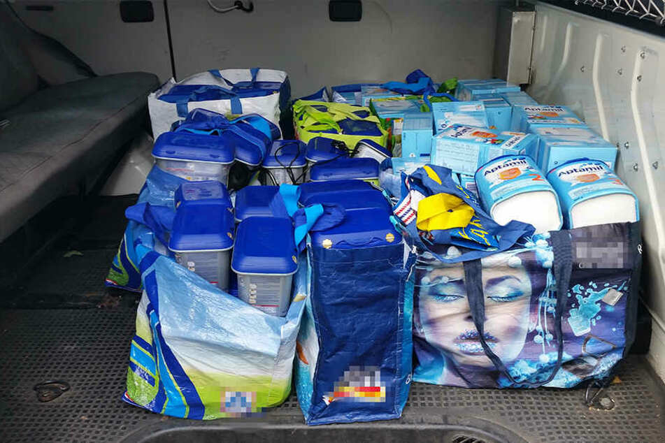 14 große Tüten konnte die Polizei sicherstellen.