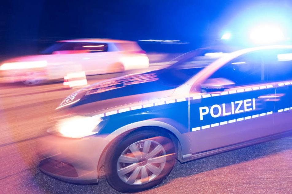 Die Polizei in Nordhessen verfolgte den Autofahrer bis nach Espenau (Symbolbild).