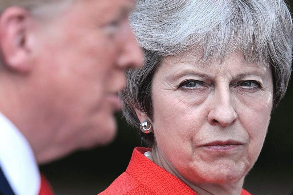 Blamieren sich die Briten bis auf die Knochen? Brexit droht das Aus!