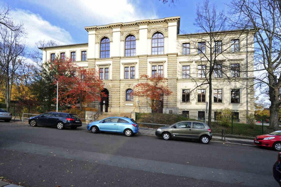 An der Schloßgrundschule in der Küchwaldstraße ist Kind an Hepatitis A erkrankt.