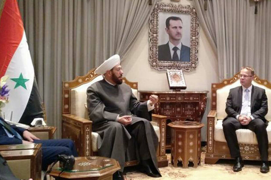 Großmufti Ahmed Hassun und AfD-Politiker Dr. Christian Blex im Gespräch.