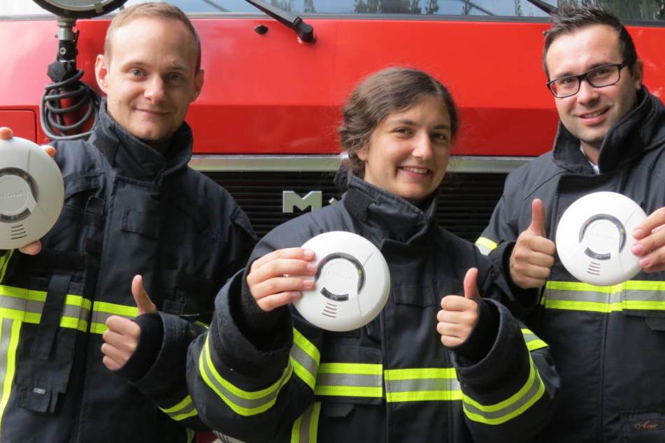 Die Kameraden der Feuerwehren freuen sich, wenn der Rauchmelder funktioniert.