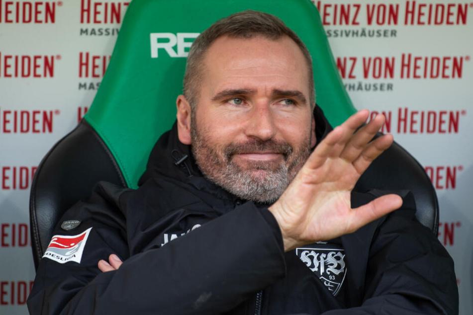 Wird Tim Walter auch nach der Winterpause noch Übungsleiter beim VfB sein?
