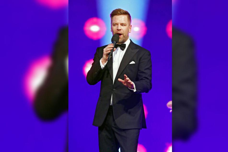 """Swing-Sänger Tom Gaebel (44) sucht """"Fremde"""": Bei seinen Auftritt in Chemnitz darf ein Hobby-Sänger oder eine Hobby-Sängerin mit ihm auf die Bühne."""